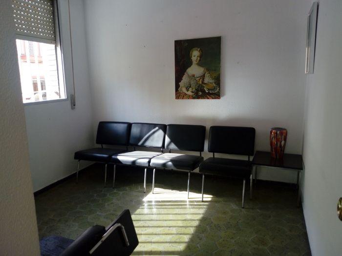 LOCAL COMERCIAL MUY CENTRICO  ZONA DEL BARRERO