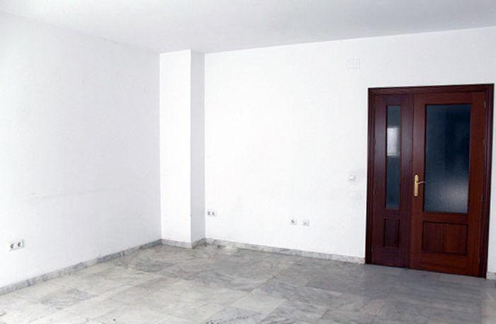 CASA DE RECIENTE CONSTRUCCION