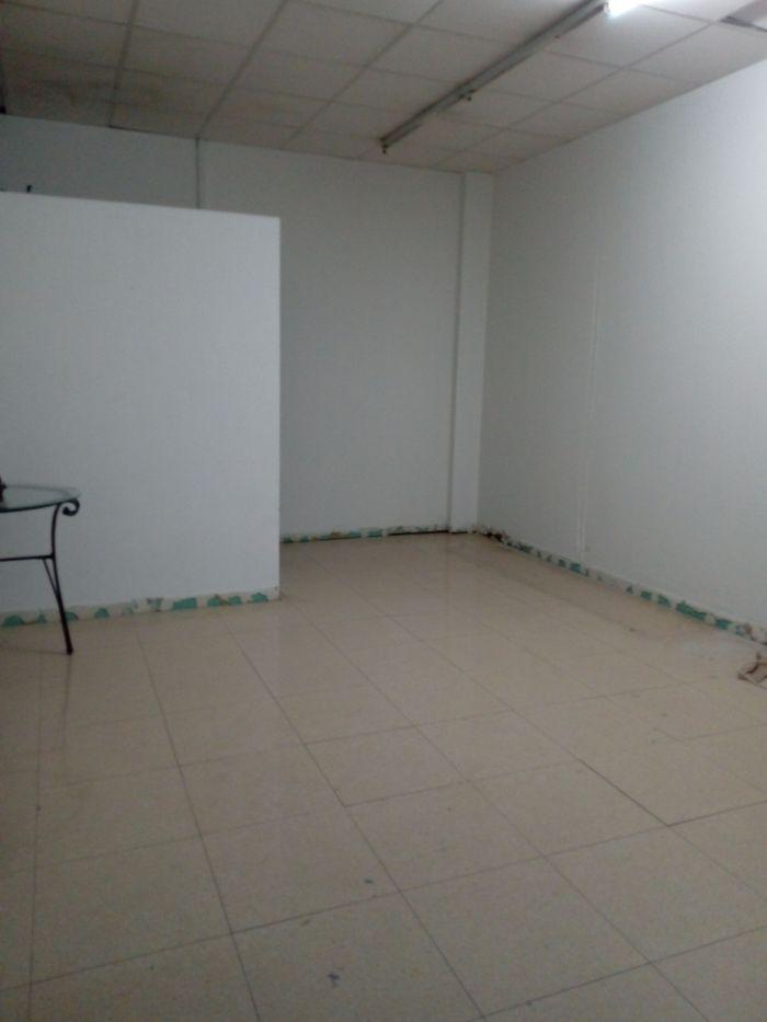 ESTUPENDO LOCAL COMERCIAL JUNTO A PARQUE CENTRO